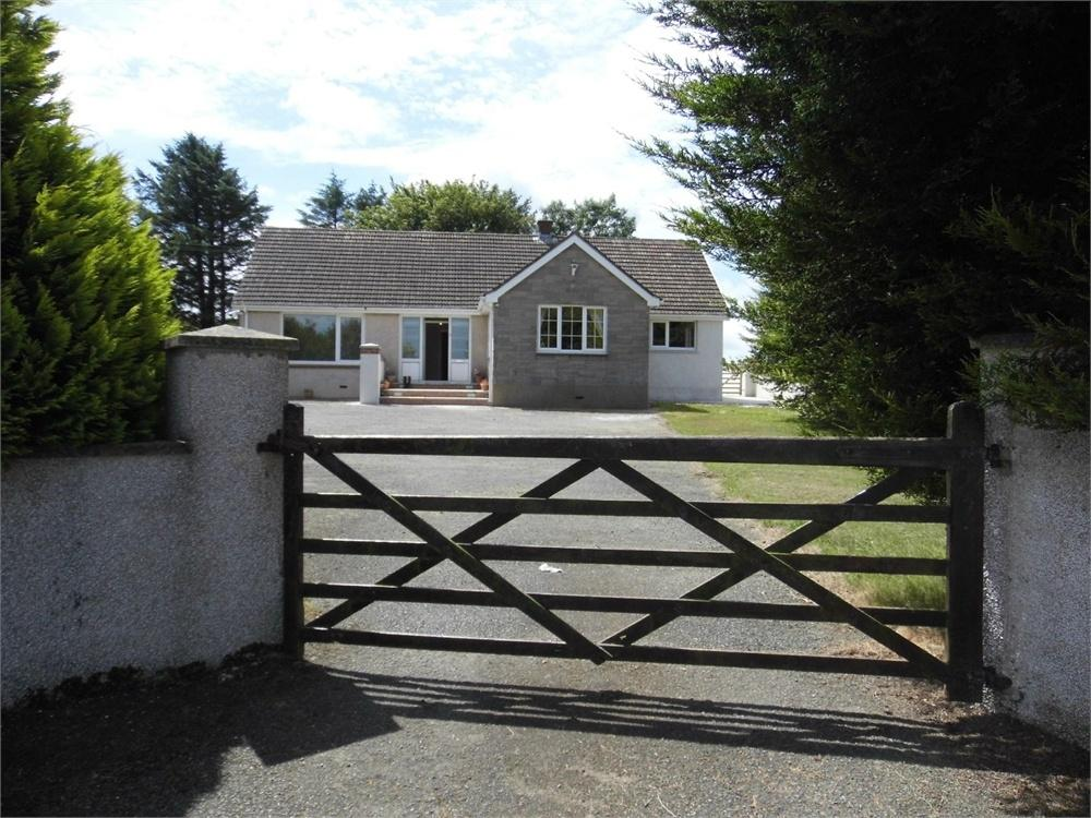 3 Bedrooms Detached Bungalow for sale in Avalon, Dwrbach, Fishguard, Pembrokeshire