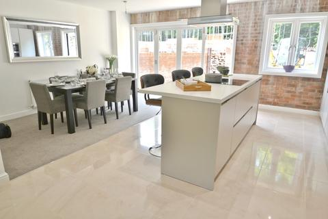 5 bedroom townhouse for sale - Mill Lane, Cheadle
