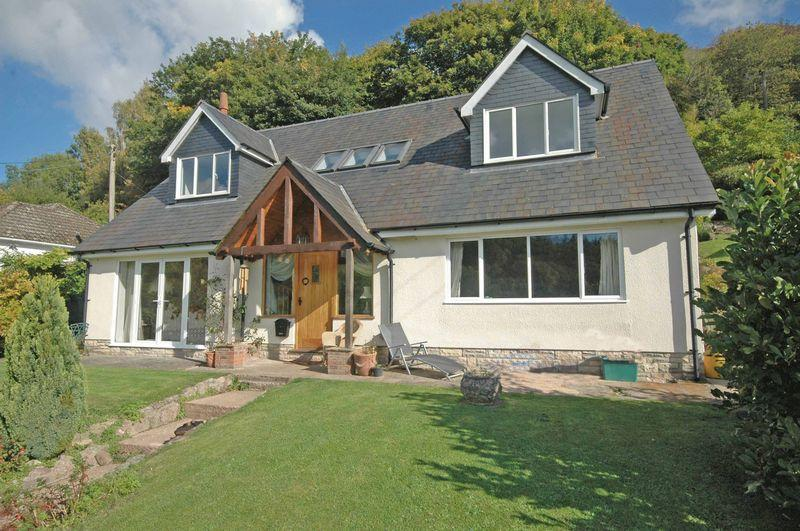 3 Bedrooms Detached House for sale in 'Mandalay', Hillside Road, Redbrook, Monmouth, Monmouthshire