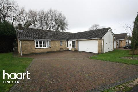 3 bedroom bungalow to rent - Holme Drive