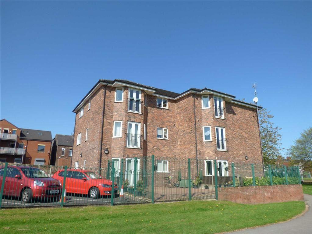2 Bedrooms Apartment Flat for sale in Millwood Court, Royton, Oldham, OL2