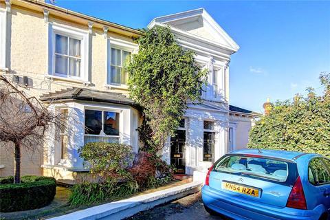 1 bedroom flat to rent - Elfin Lodge, Elfin Grove, TW11