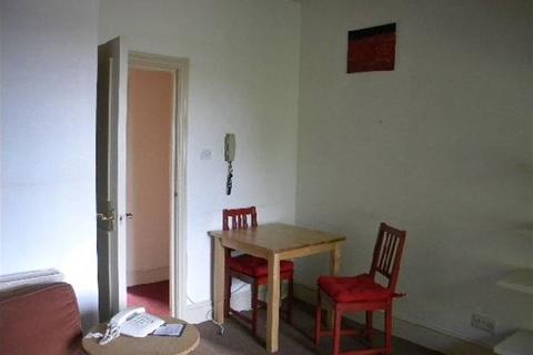 1 bedroom flat to rent - 129 Richmond Road