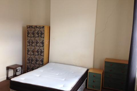 2 bedroom flat to rent - Woodville Rd Flat A, Cardiff
