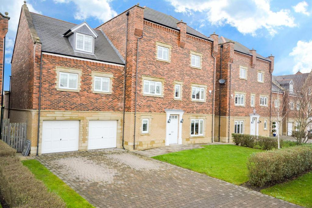 8 Bedrooms Detached House for sale in The Square, Sunderland