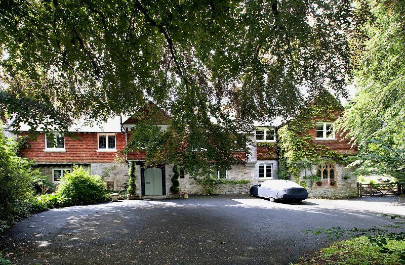 6 Bedrooms Detached House for sale in The Old Rectory, Owermoigne
