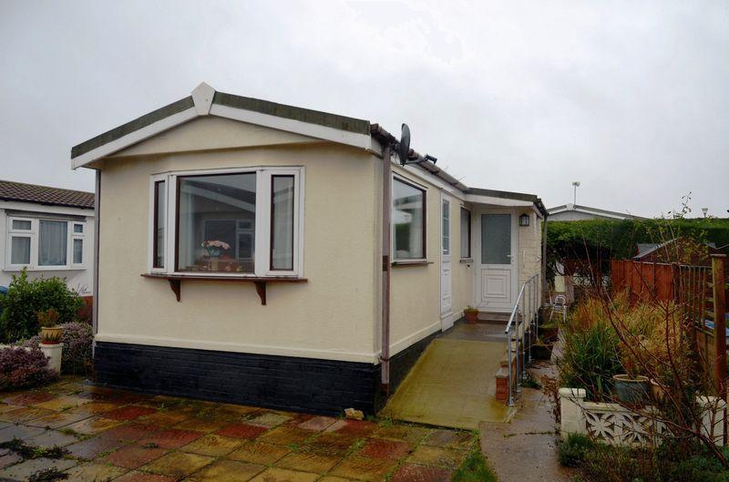 1 Bedroom Park Home Mobile Home for sale in Prebend Lane, Stonecliff Park, Welton