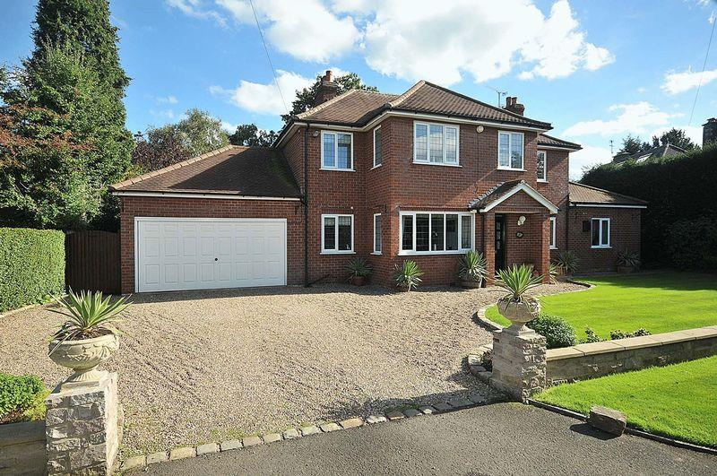 4 Bedrooms Detached House for sale in The Drive, Holmes Chapel