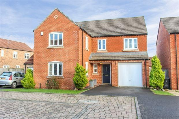 4 Bedrooms House for sale in Foxhunter Avenue, The Chase, Catterick Garrison, North Yorkshire. DL9 4GN