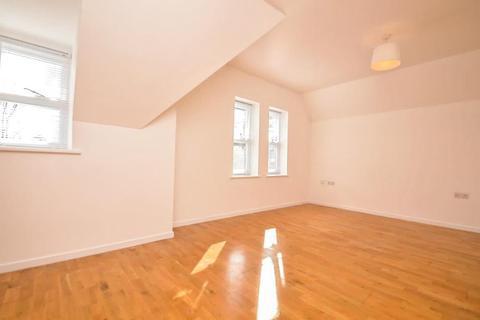 2 bedroom apartment to rent - St Leonard's Road, Windsor