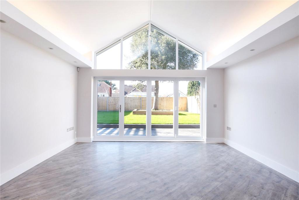 4 Bedrooms Detached House for sale in Durlston Point, 2 Drummond Road, Swanage, Dorset, BH19