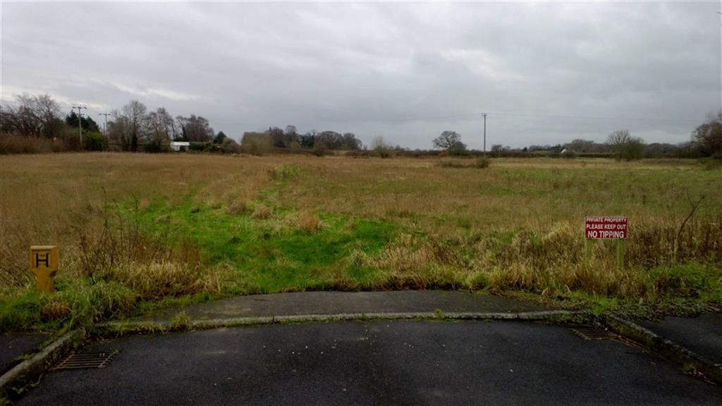 Land Commercial for sale in South Of Oakwood Park, Pollington