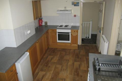 2 bedroom flat to rent - 13a High Street, Flat 3, Haverfordwest. SA61 2BW