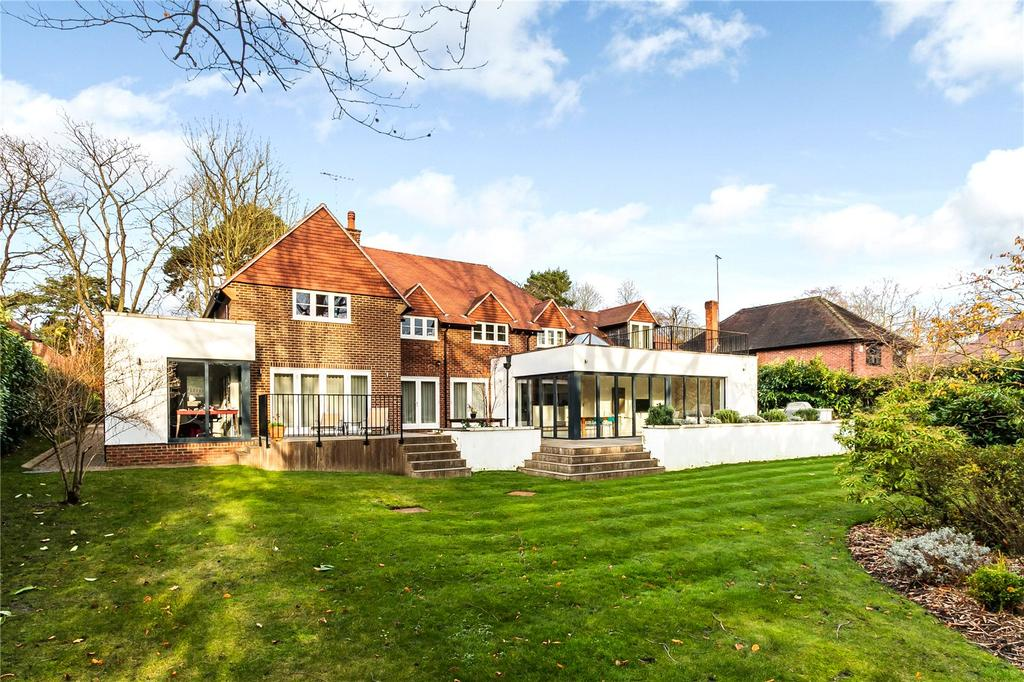 5 Bedrooms Detached House for sale in Gorse Hill Road, Virginia Water, Surrey, GU25