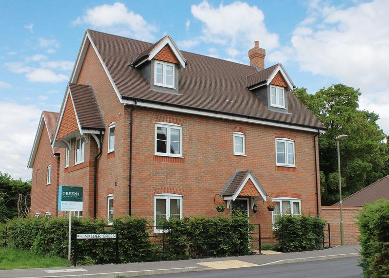 5 Bedrooms Detached House for sale in Nalder Green, East Challow