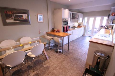 3 bedroom terraced house to rent - Upton Road, Southville, Bristol, BS3