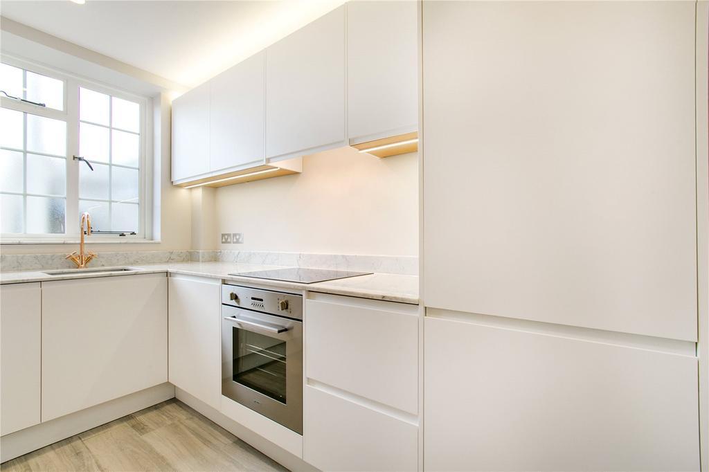 1 Bedroom Flat for sale in Donovan Court, Drayton Gardens, SW10, Chelsea