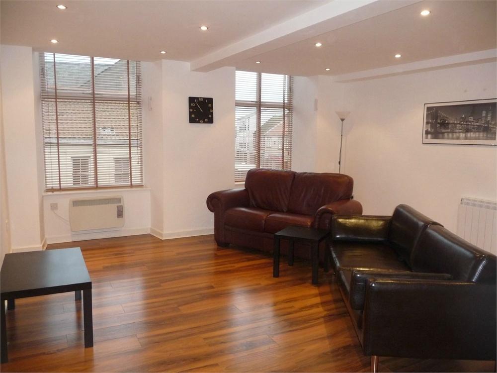 2 Bedrooms Flat for sale in Scotsgate House, Castlegate, Berwick upon Tweed