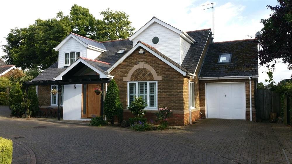 4 Bedrooms Detached Bungalow for sale in Raisdale Road, Penarth
