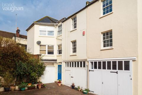 3 bedroom house to rent - Brunswick Mews, Hove, BN3