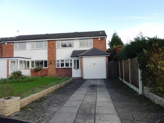 3 Bedrooms Semi Detached House for sale in Laburnum Drive,Walmley,Sutton Coldfield