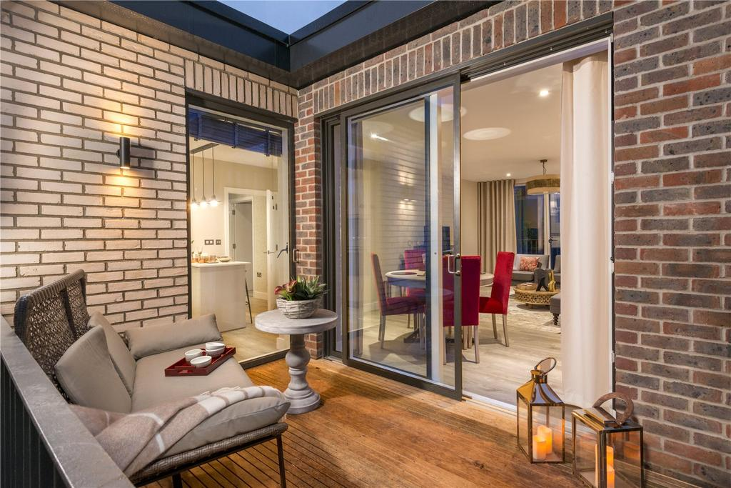 2 Bedrooms Flat for sale in Woodside Square, Muswell Hill, London, N10
