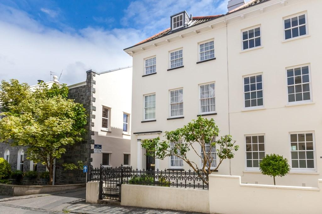 4 Bedrooms End Of Terrace House for sale in Union Street, St. Peter Port, Guernsey