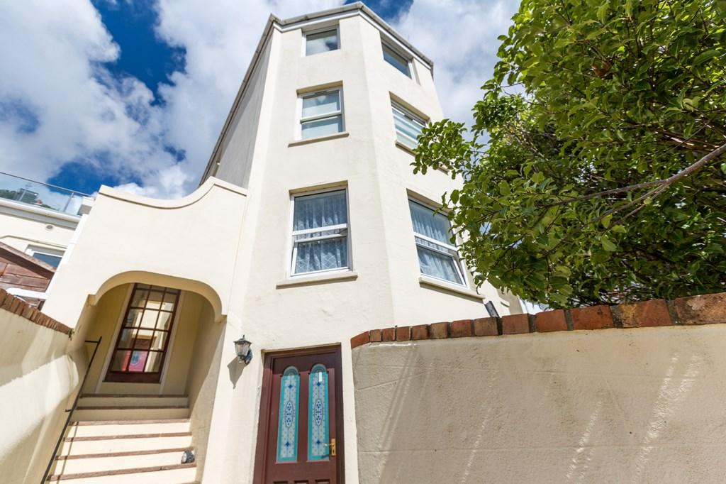 1 Bedroom Flat for sale in The Mount, St. Peter Port, Guernsey
