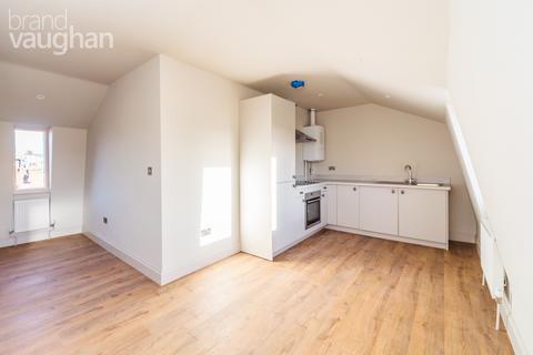 2 bedroom apartment to rent - Devonian Court, Park Crescent Place, Brighton, BN2