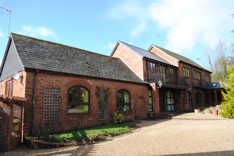 4 Bedrooms House for sale in Milverton, Taunton, Somerset, TA4