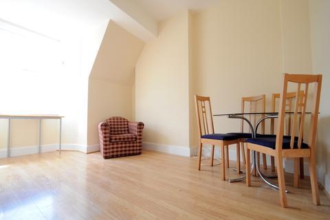 1 bedroom flat to rent - Cobourg Road, Burgess Park, London, SE5 0HU