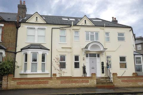 1 bedroom flat to rent - Stillness Road Honor Oak