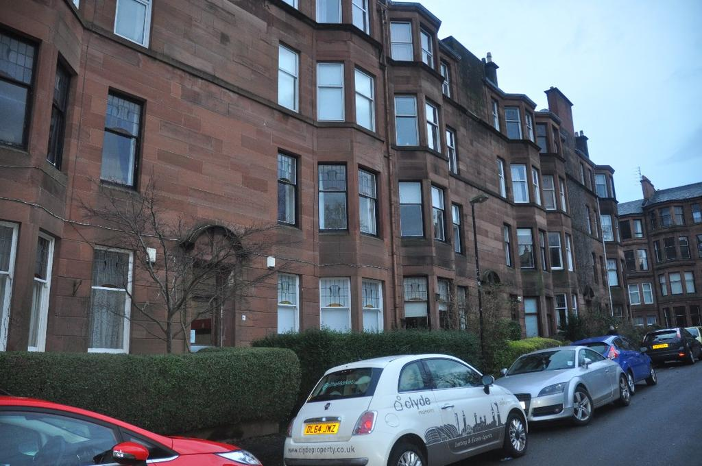 2 Bedrooms Flat for rent in Hyndland Avenue, Flat 0/2, Hyndland, Glasgow, G11 5BW