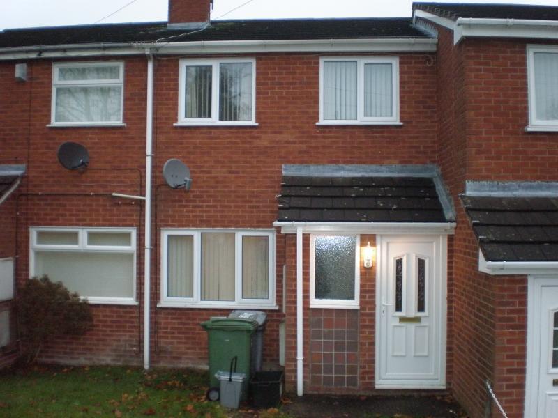 2 Bedrooms Terraced House for sale in Ffordd Mynydd Issa, Rhos, Wrexham, LL14 2EH