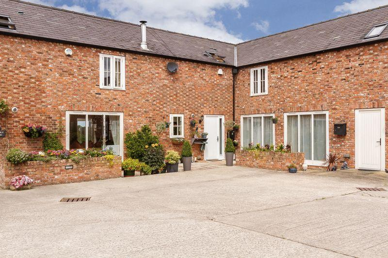 2 Bedrooms Barn Conversion Character Property for sale in Poplar Farm Barns, French Lane, Baddington, Nr Nantwich