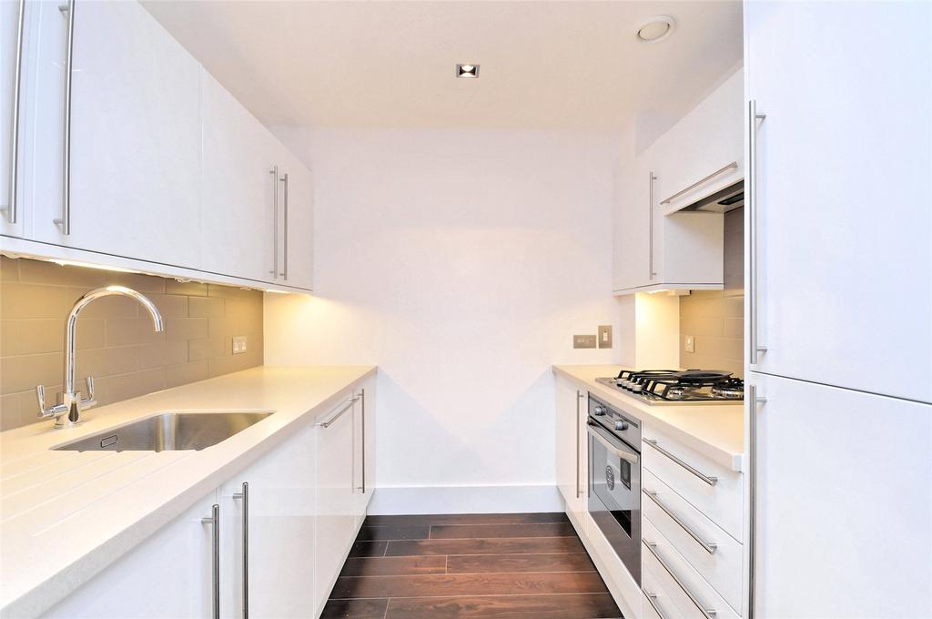 2 Bedrooms Apartment Flat for rent in Slingsby Place, Covent Garden, WC2E
