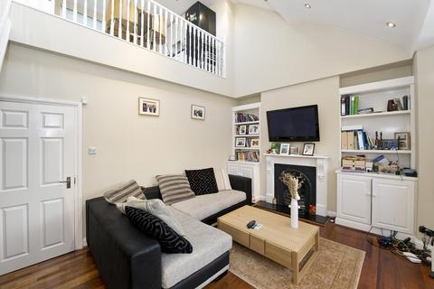 2 bedroom flat to rent - St Albans Avenue, Chiswick, London