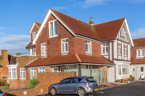 2 bedroom apartment for sale - Newick Place, Marine Drive, Rottingdean, Brighton BN2