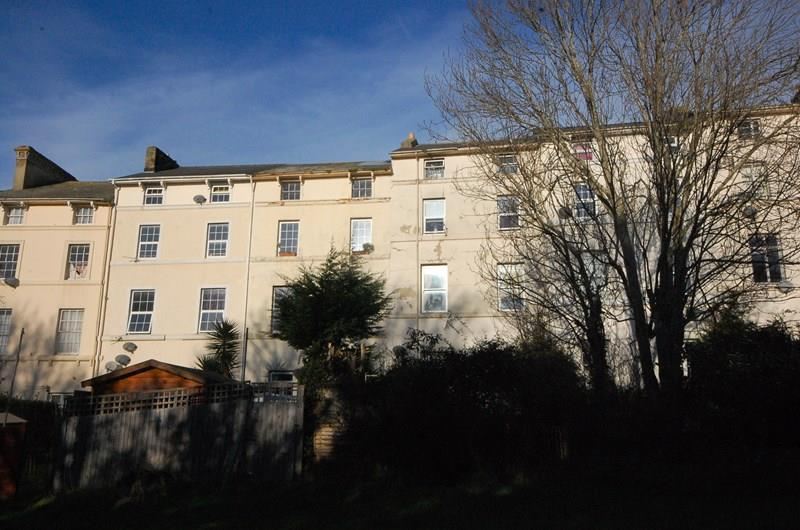1 Bedroom Flat for sale in Barnpark Terrace, Teignmouth