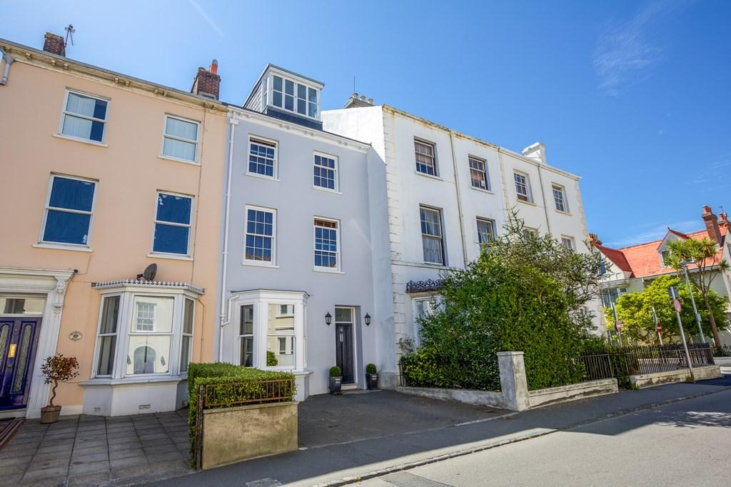 4 Bedrooms Terraced House for sale in Doyle Road, St. Peter Port, Guernsey