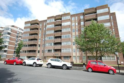 2 bedroom apartment to rent - Eaton Gardens, Hove
