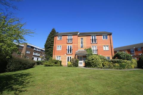 2 bedroom flat to rent - LADY PARK COURT, SHADWELL LANE, LEEDS, LS17 8TZ