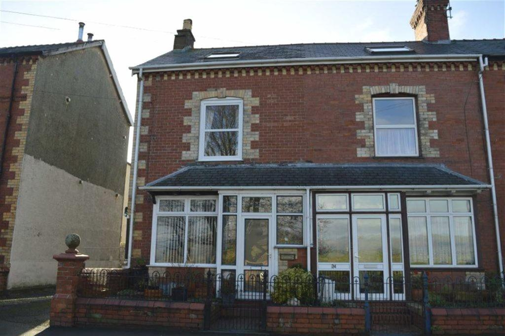 4 Bedrooms End Of Terrace House for sale in 23, Idris Villa, Tywyn, Gwynedd, LL36