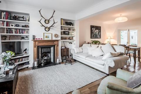 2 bedroom cottage to rent - SABINE ROAD, SW11