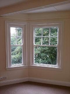 2 bedroom apartment to rent - 28 Belgrave Court Walter Road Swansea