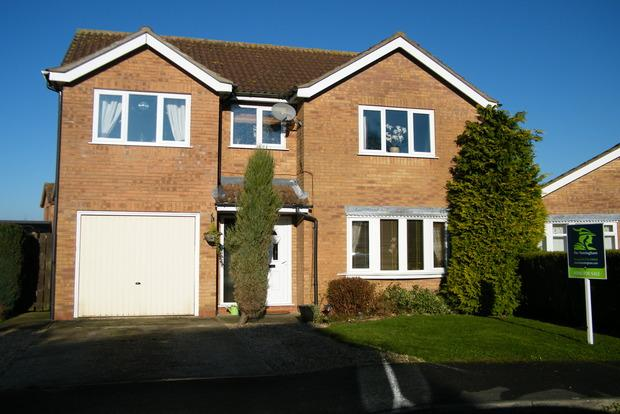 3 Bedrooms Detached House for sale in Hastings Drive, Wainfleet, Skegness, PE24