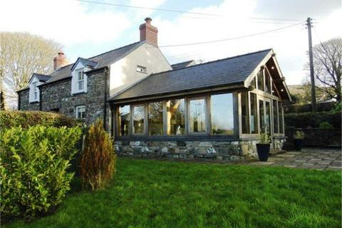4 bedroom detached house for sale - Sea View, Mountain West (Ffordd Bedd Morys), Newport, Pembrokeshire