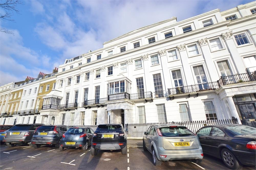 1 Bedroom Flat for sale in Sussex Square, BRIGHTON, East Sussex