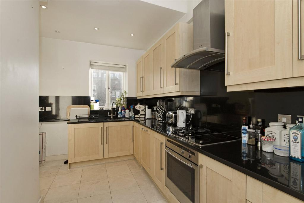 3 Bedrooms Flat for sale in Sussex Gardens, Lancaster Gate, London