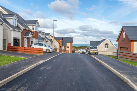 3 bedroom detached house for sale - Bull Bay, Anglesey, North Wales